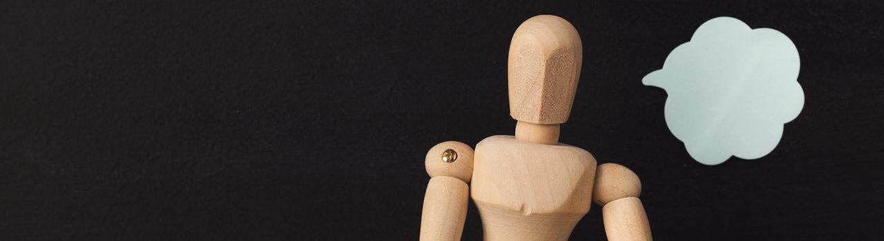 Uomo di legno esprime opinioni - Labor Law Università di Padova